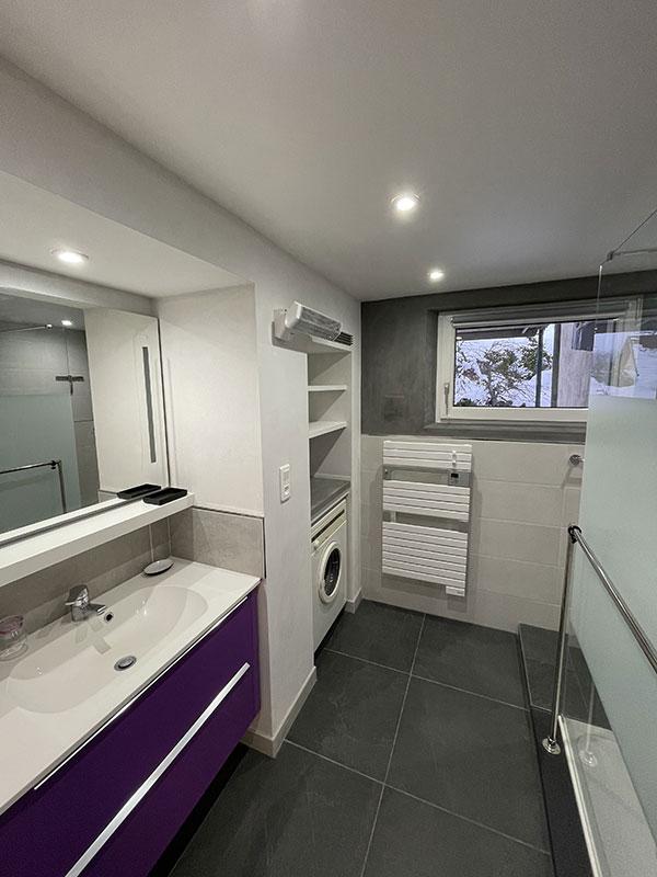 Visite du gite en alsace - Carrelage salle de bain noir ...